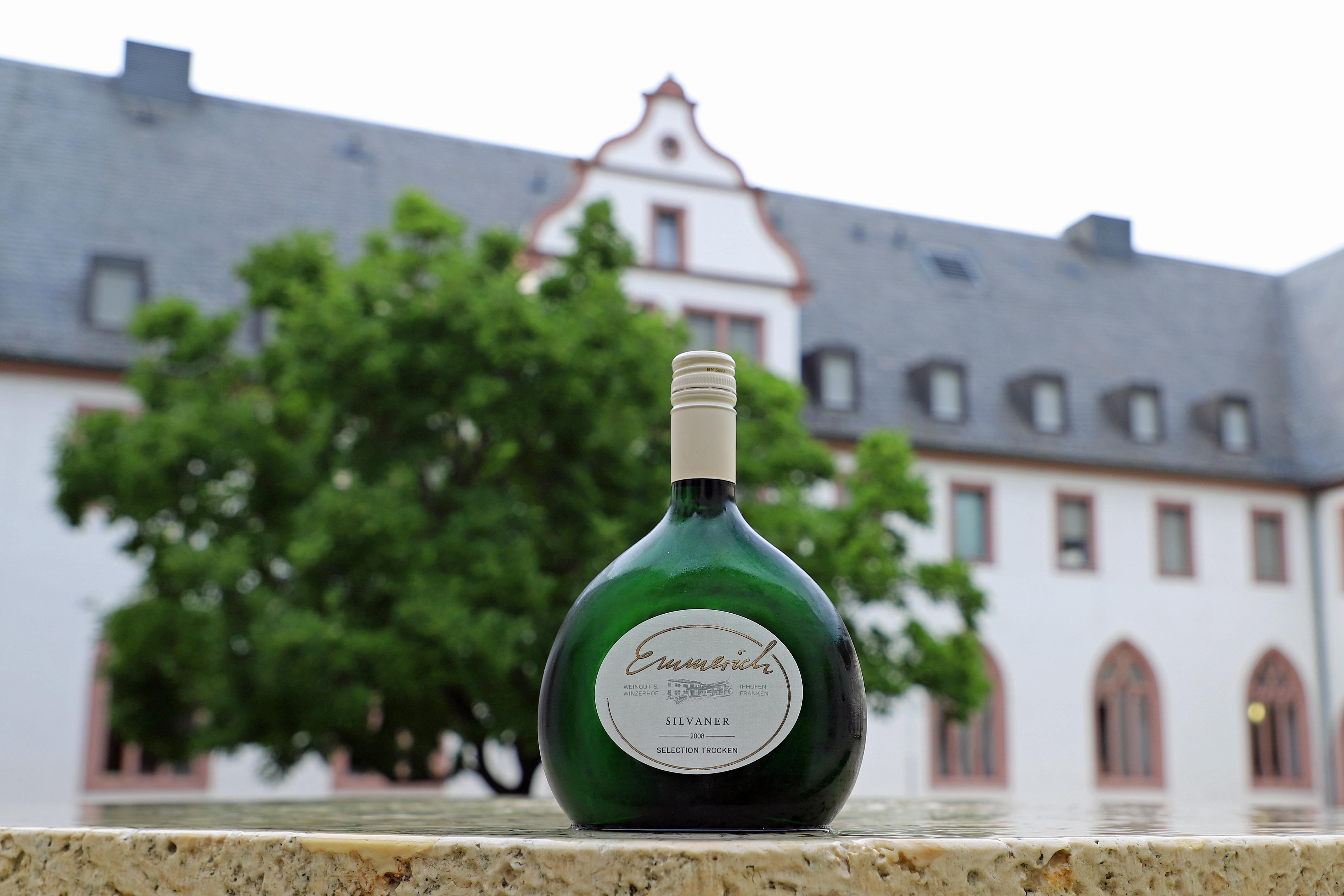 Siegerwein best of Gold Weingut Emmerich Iphofen