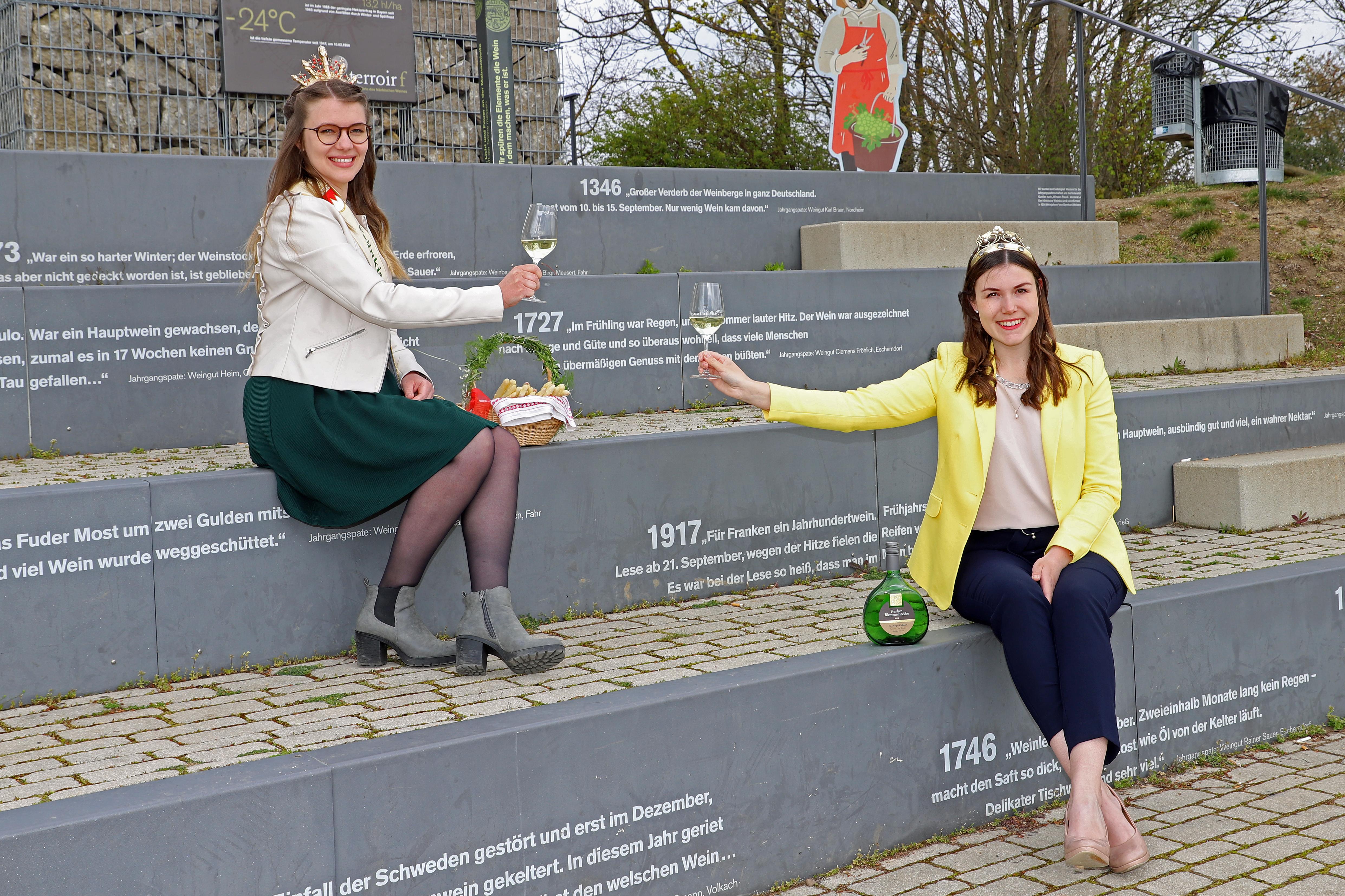 Silvaner liebt Spargel: Fränkische Weinkönigin und Fränkische Spargelkönigin geben Tipps zur Spargelzeit